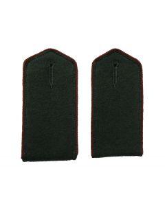 RSE412B.North Caucasian Volunteer enlisted shoulder boards with Brown piping