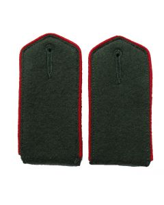 RSE412.Field grey enlisted ranks shoulder boards with red piping. Cossacks, Russian and Ukrainian Armies of Liberation