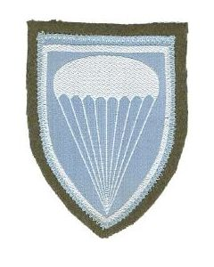 YU904. Yugoslav communist era para sleeve patches.