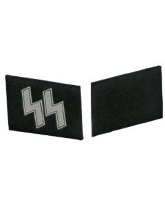 RSE590A.Waffen SS BEVO collar tabs. White SS runes on Black.